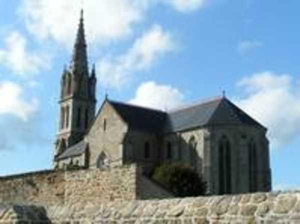 La reconstruction de l'église en 1890