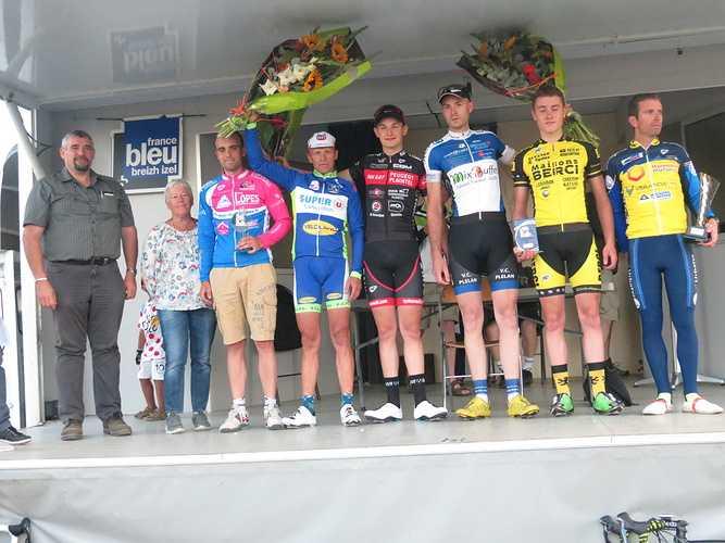 Comité des fêtes coursecycliste2